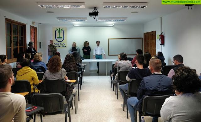 El Cabildo incorpora a más de 30 personas desempleadas para trabajar en sus distintas áreas
