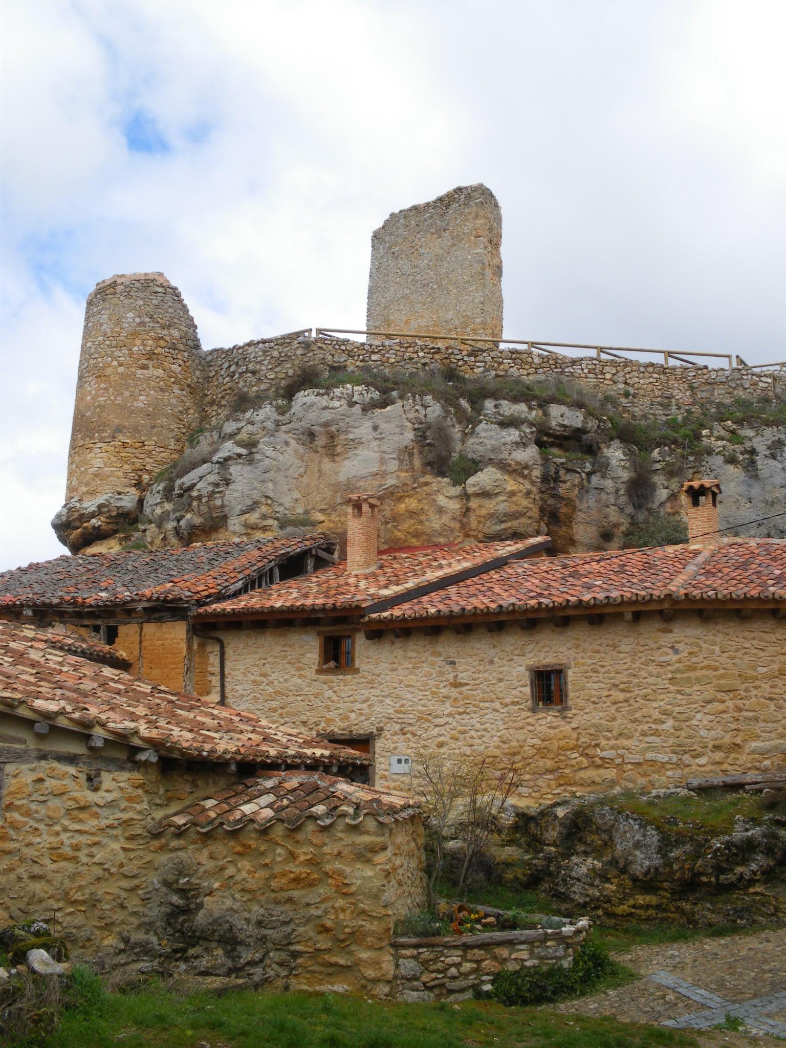 Castillo de Calatañazor, Soria, Castilla y León, arte románico