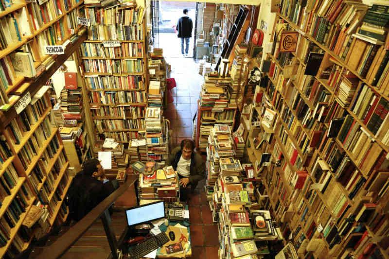 Librer as 2013 de jorge carri n lugares de perdici n - Libreria picaso granada ...