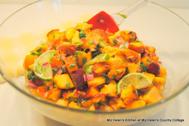 Texas peach Salsa at Miz Helen's Country Cottage
