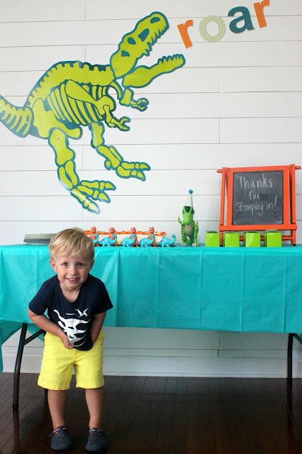boy's dinosaur party