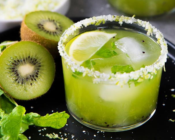 Mint Kiwi Margarita #cocktail #drinksrecipe