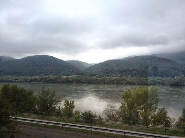 El Danubio desde el tren
