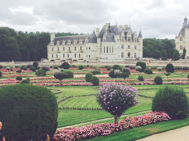 chenonceau-garden-and-castle