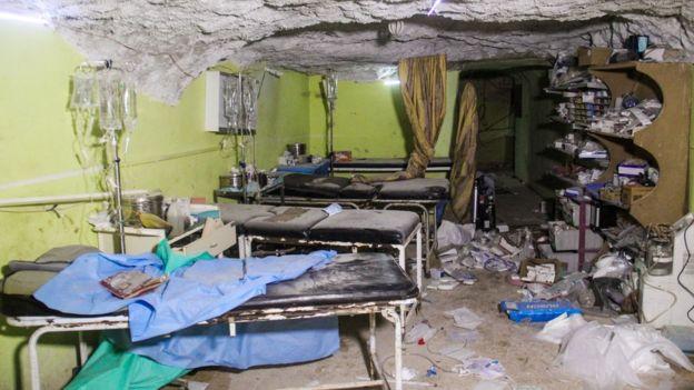 UN calls emergency talks after 'gas attack'