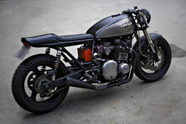 Kawasaki Z1 (1973) Front look