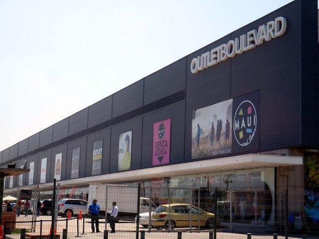 Outlet Boulevard em Santiago