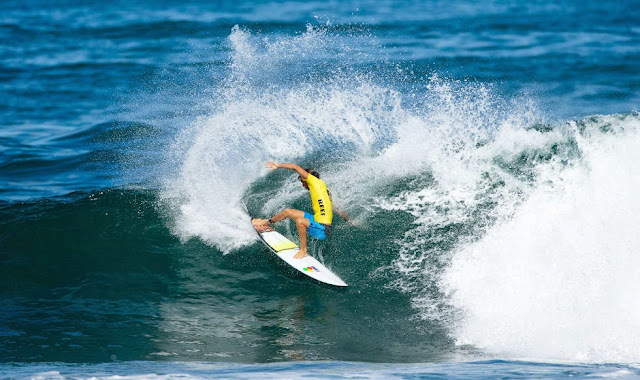 40Reef Hawaian Pro 2014 Alex Smith Foto ASP Kelly Cestari