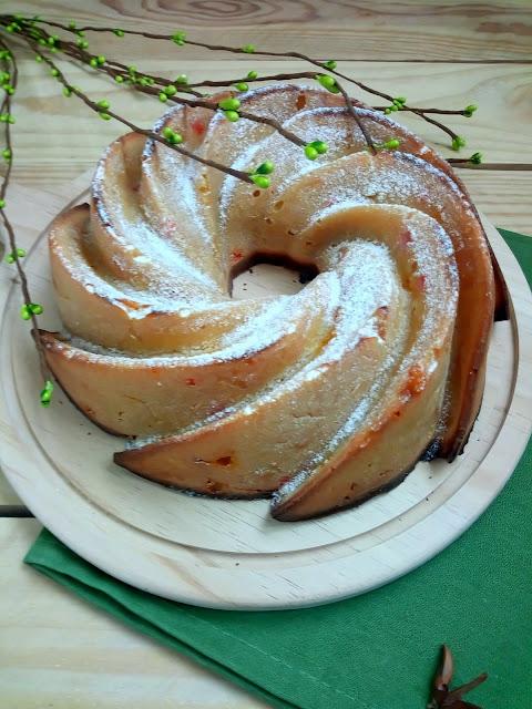 Bundt cake de limón queso y miel. Receta para desayunos meriendas y postres. Horno. Cuca.