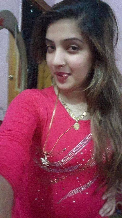 Pakistani Housewife  Unseen Photos-3182