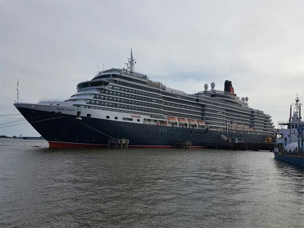 ... na manhã desta sexta-feira (27) o navio M S Queen Victoria. Vindo de  Manaus 7313f972e71b5