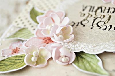 kartka z kwiatami z foamiranu