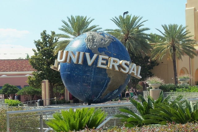 Globe at Universal Studios Orlando