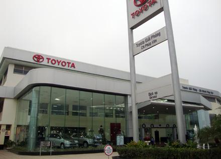 đại lý Toyota Giải Phóng chi nhánh Pháp Vân