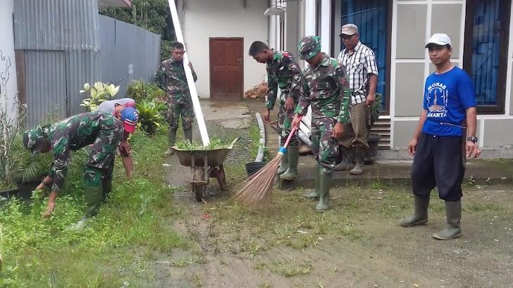 Satuan Tugas TMMD di Desa Sungai Ning Goro Bersama Warga