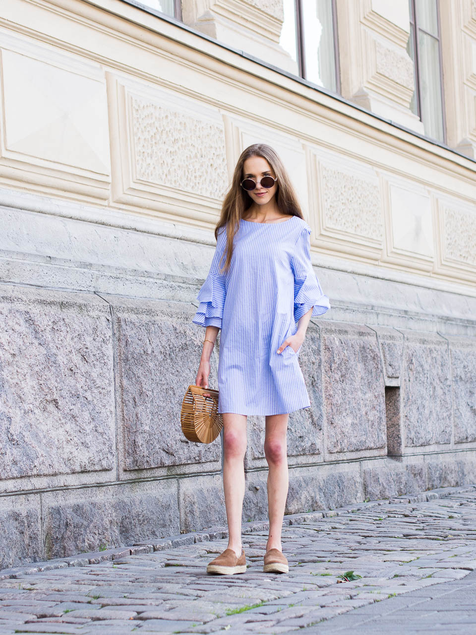 fashion-blogger-outfit-inspiration-summer-dress-ruffles