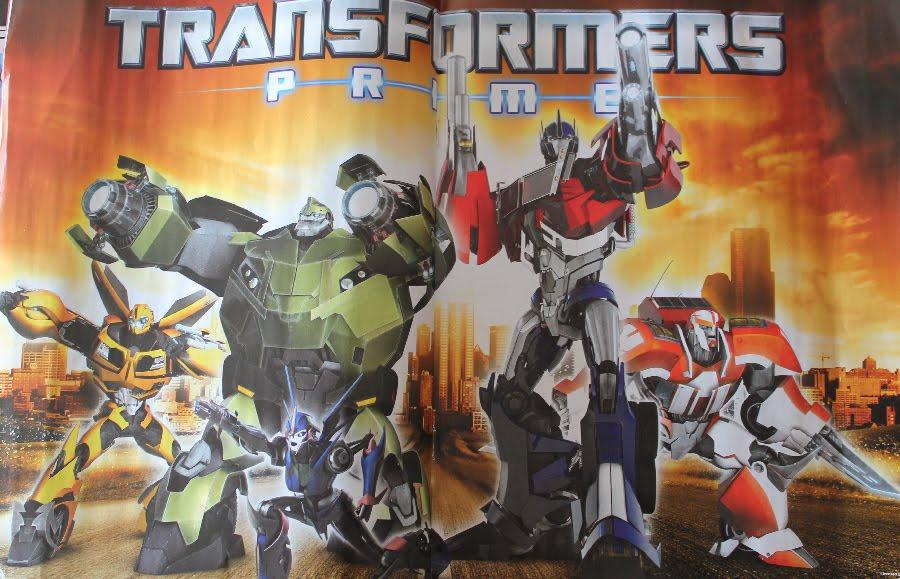 All Things UberNerdyBoy: Titan Transformers UK issue 4 5