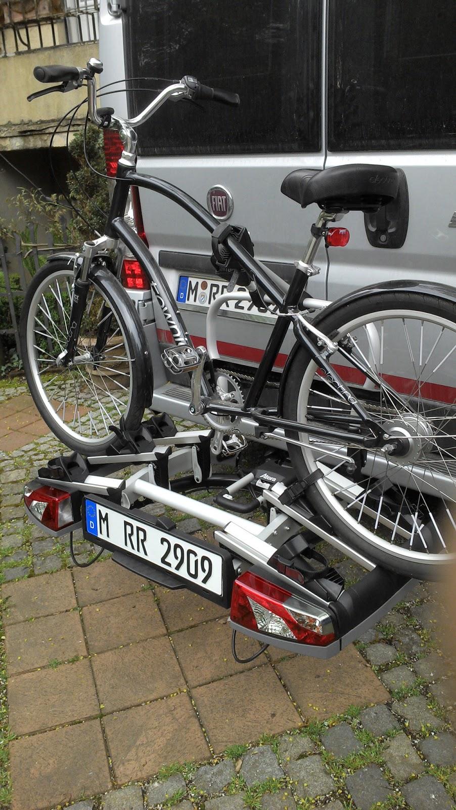 Pössl 2win Style: AHK-Fahrradträger Atera Strada Vario 3