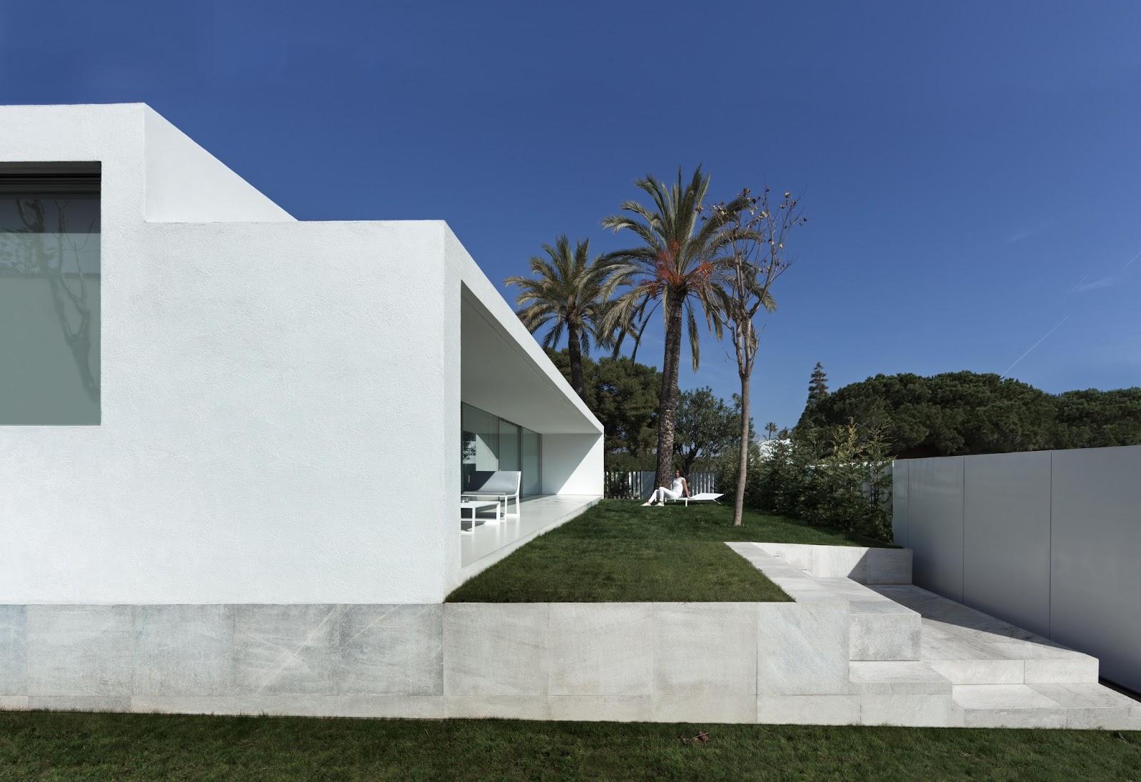 Simplicity love breeze house spain fran silvestre - Fran silvestre arquitectos ...