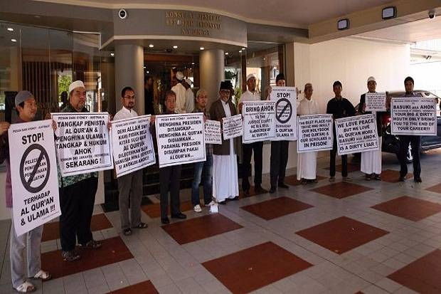 Tak Cuma di Indonesia, Ternyata Puluhan Ormas Islam RI di Australia Ikut Mendemo Ahok : kabar Terhangat Hari Ini