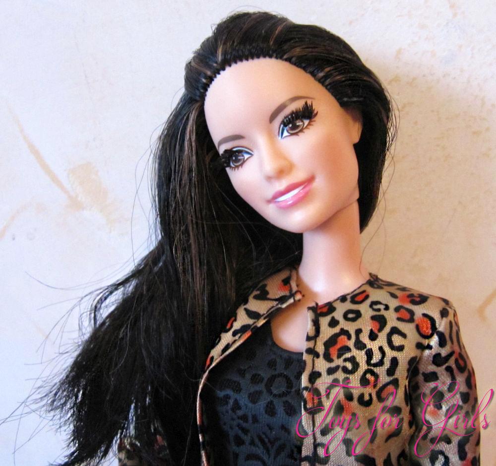 Барби с черными волосами