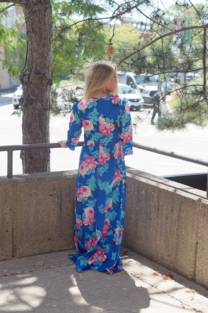 chicago blogger blue maxi dress