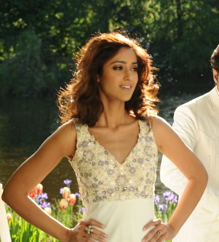 Telugu Actress Ileana Latest Hot And Sexy HQ Photo Stills