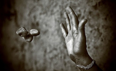 Mente y materia en el fenómeno de la angustia: sobre su tratamiento, Francisco Acuyo