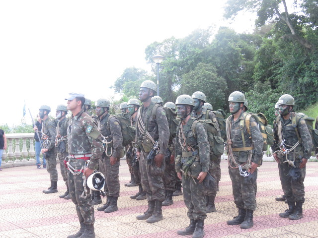 9ee0df96f9 Militares da Guarnição de Juiz de Fora realizaram o Estágio Básico do  Combatente de Montanha (EBCM)