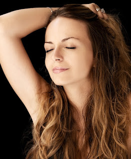 10 Proven Ways To Make Your Skin Smooth Naturally