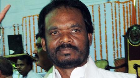 पहले भरे मंच से गालियां दीं, फिर कहा पीएम मोदी..: शिवराज के मंत्री का कारनामा | MP NEWS