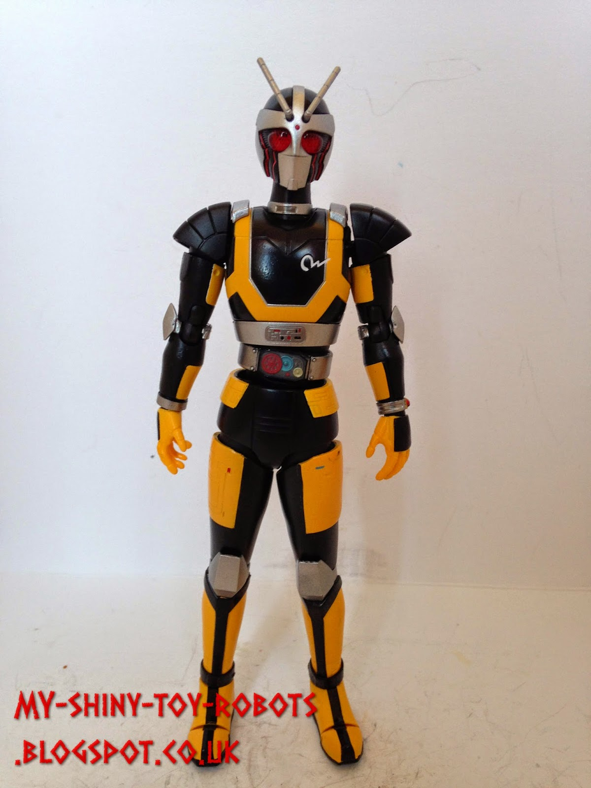 Masked Rider Super Gold!