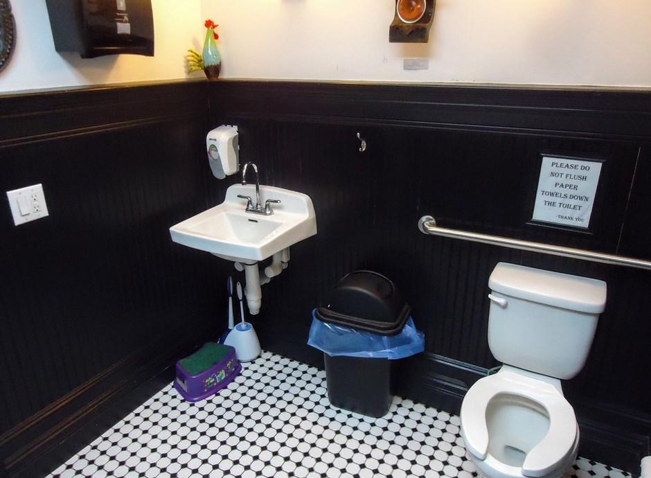 How To Make Bathroom Smell Good HomeEbiz - How to make your bathroom smell good