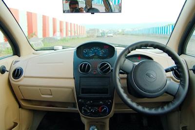 Interior Chevrolet Spark 1000cc