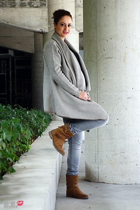 Outfit-cardigan-asimetrico-albaricoque-3