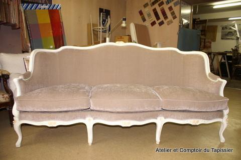 atelier et comptoir du tapissier fauteuils banc et canap de style louis xv. Black Bedroom Furniture Sets. Home Design Ideas