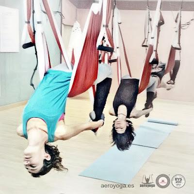 columpio, hamaca, gronxador, hamac yoga, columpio yoga, yoga, pilates, columpio pilates, cursos, aeropilates cursos, pilates aereo, yoga aereo, air yoga, trapeze, yoga aerien,