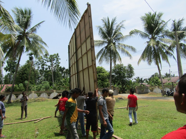 Kebersamaan dan Kekompakan Para Pemuda Gampong Cot Baroh