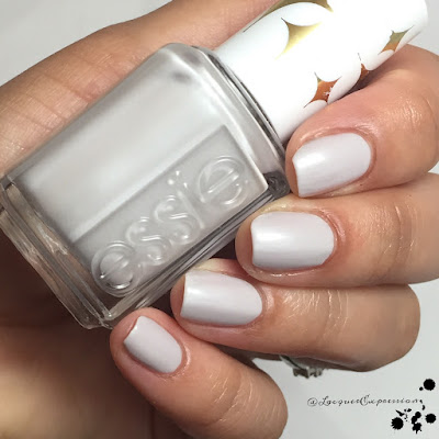 nail polish swatch of essie retro revival