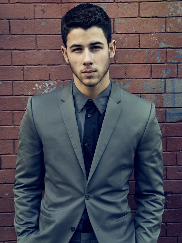 Jonas Brothers llenó River | El sitio de televisión