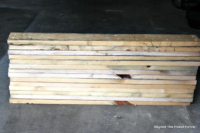 pallet wood, pallet buster, https://goo.gl/bs9kVq