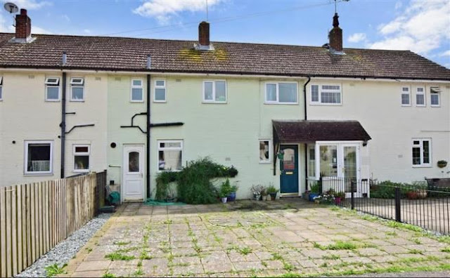 3 bed house, Cheshire Crescent, Tangmere, Chichester