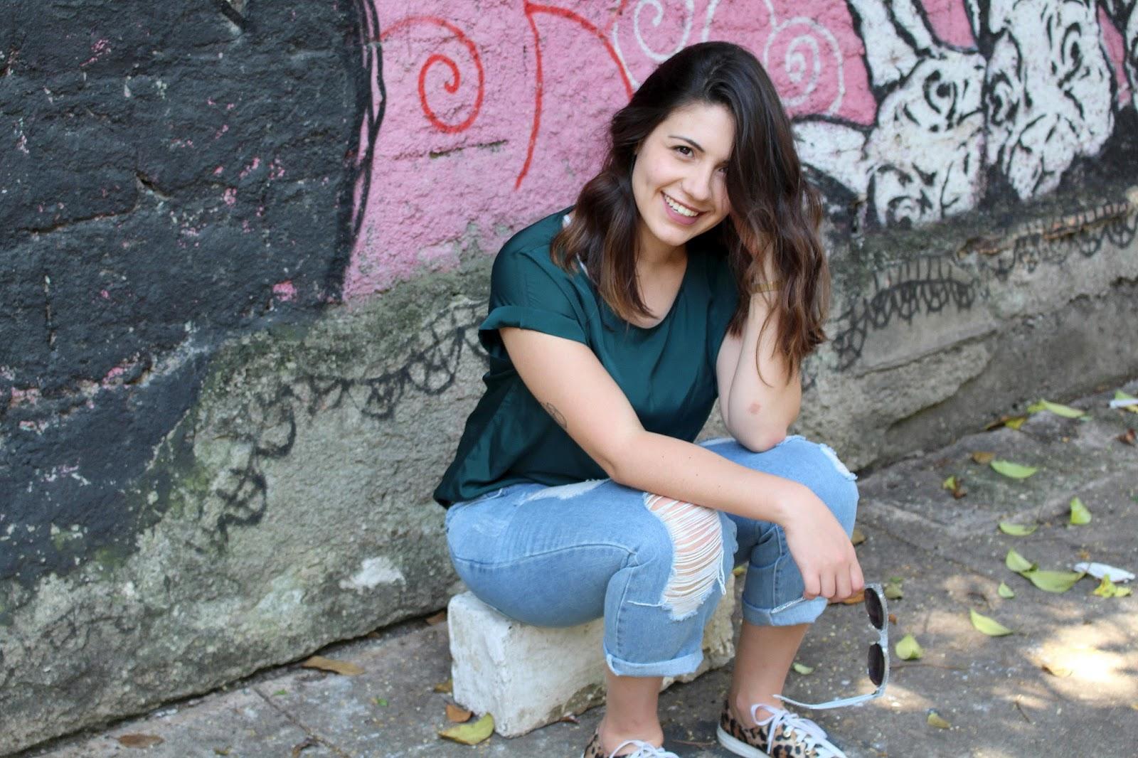 Look Ana do dia Calça Capri jeans e tênis