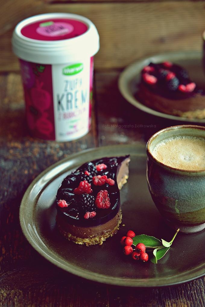 Zdrowa słodycz czyli czekoladowo buraczany serniczek w wersji wegan