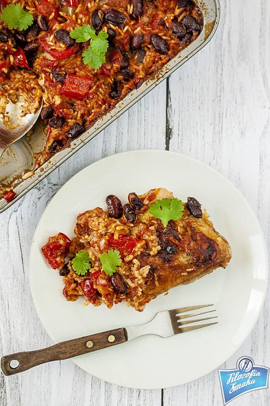 Kurczak pieczony z papryką i ryżem
