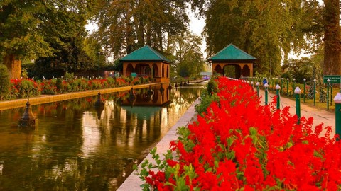 18 Best Places To Travel In Srinagar, India