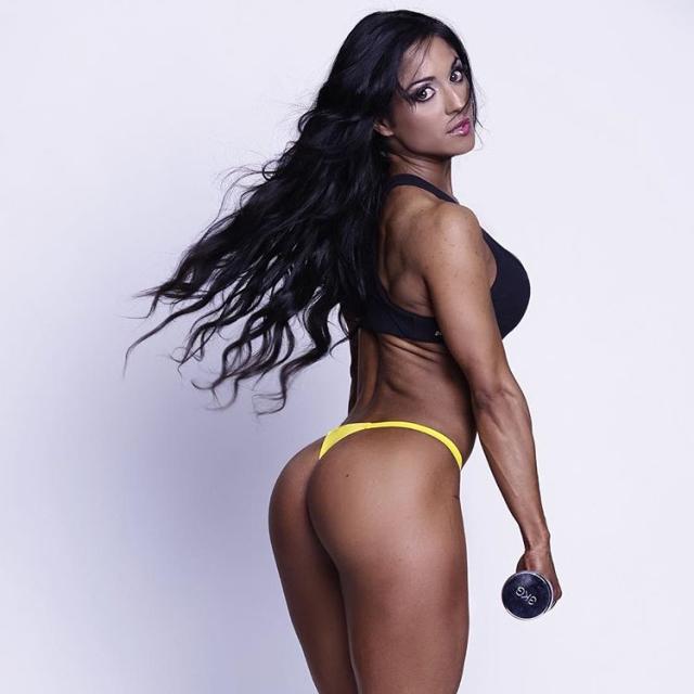 Maria Paulette IFBB Pro