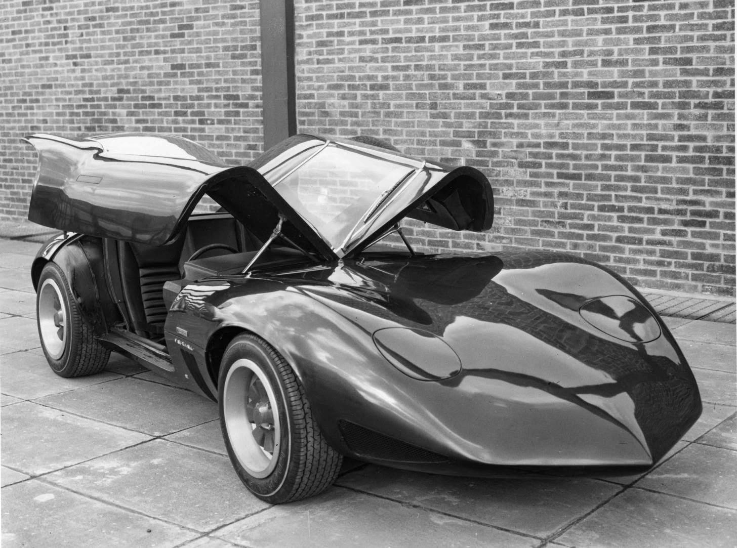 Vauxhall XVR
