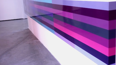 """Exposición """"Color en tres"""" en la foto obras de Elizabeth Cemborain Santa Lucía, Fotografía Gladys Calzadilla"""