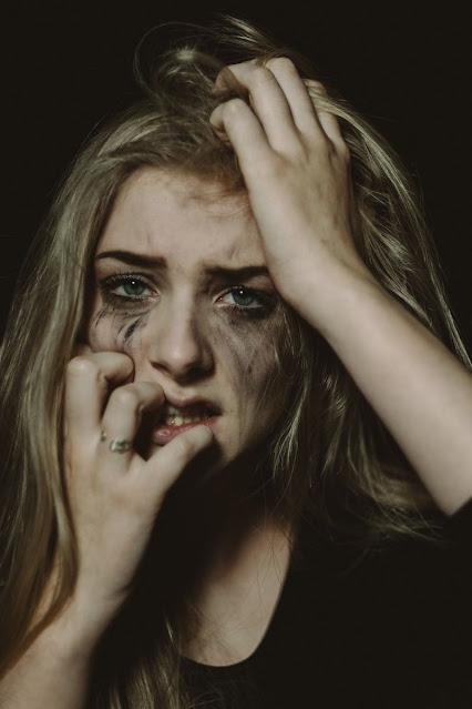 Gambar sedih dan kecewa